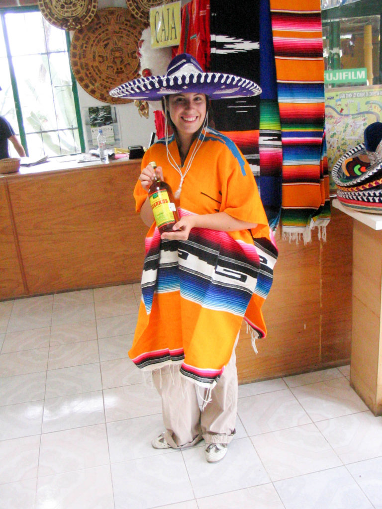 Mexico Vanja Vodenik typical outfit