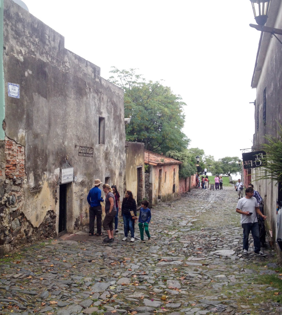 Barrio Historico Colonia del Sacramento Uruguay Calle de los Suspiros