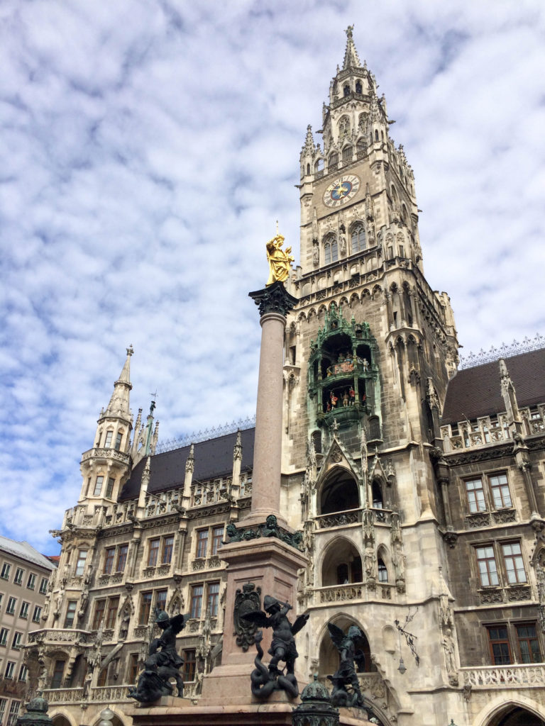 Marienplatz New City Hall Neues Rathaus Munich Bavaria Germany square