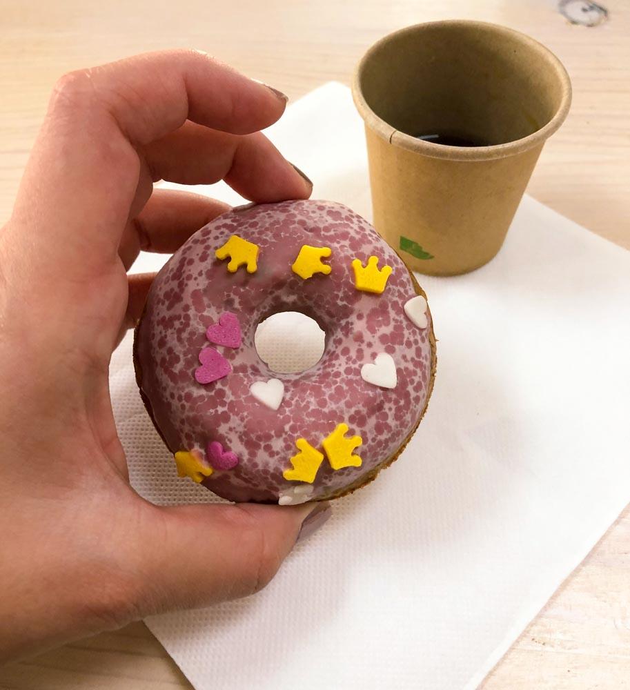donuts coffee Crno zrno food bloggers conference Njam zgodbe Ljubljana Slovenia