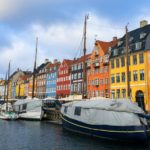 Counting the colours of Nyhavn