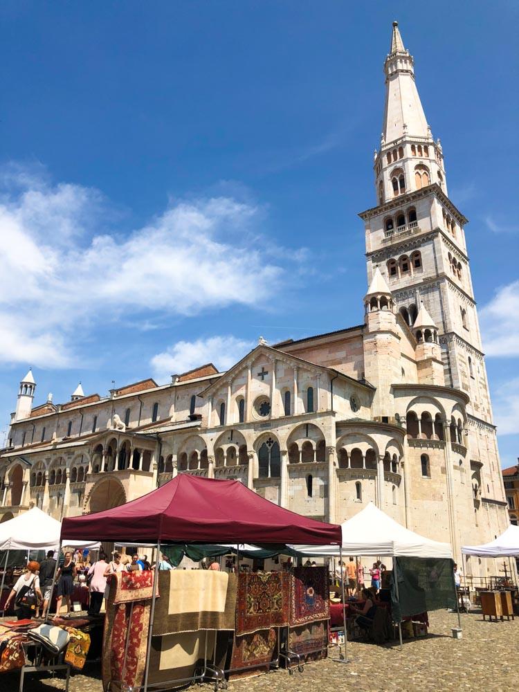 Italy Emilia-Romagna Modena Piazza Grande Torre Civica