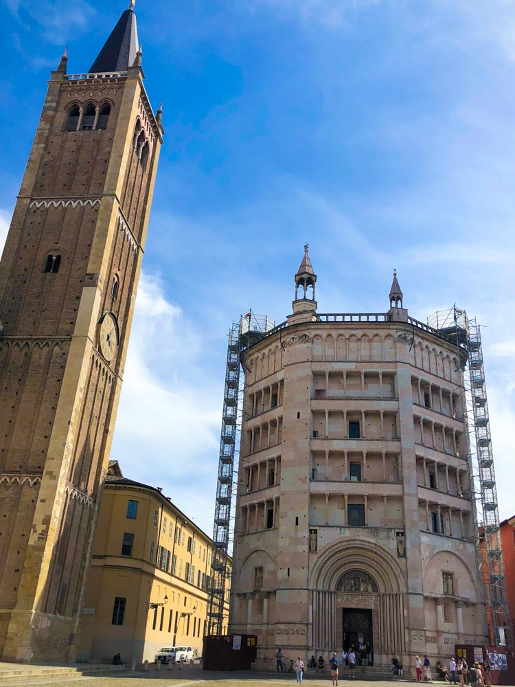 taly Emilia-Romagna Parma Cathedral and Baptistery