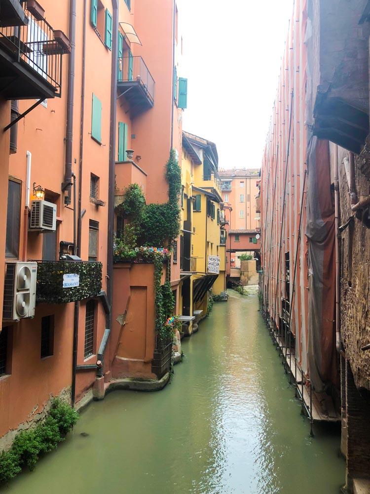 Italy Emilia-Romagna Bologna canals